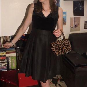 GORGEOUS BLACK VELVETY PARTY DRESS